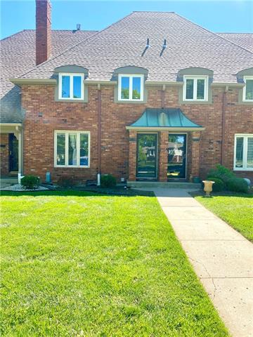 8362 N Overland Drive, Kansas City MO 64151