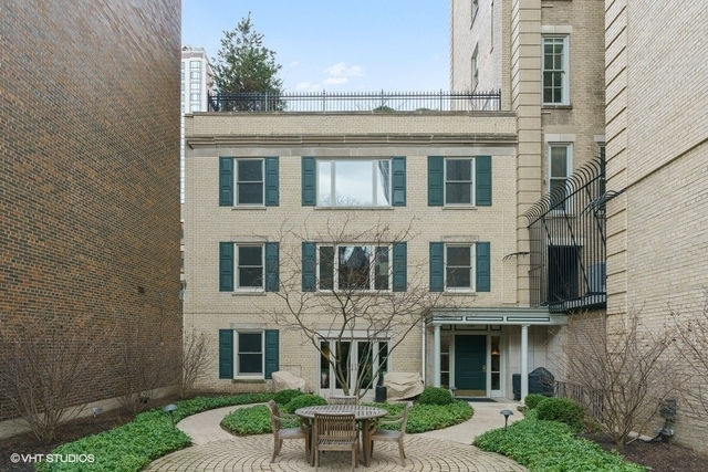 1544 N STATE Parkway Unit A3, Chicago IL 60610