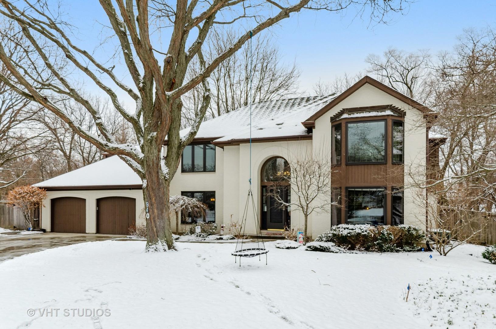940 Burridge Court, Libertyville IL 60048
