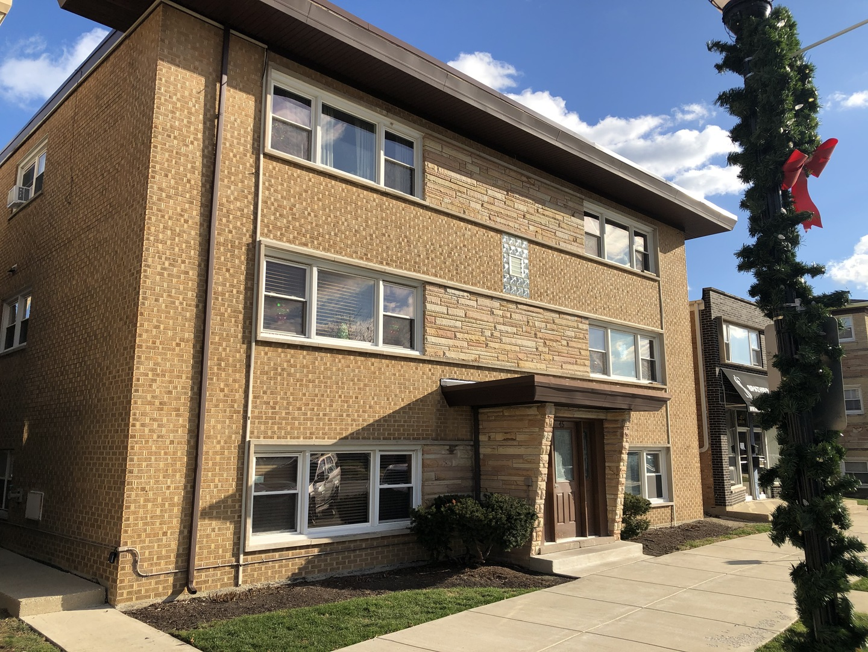 45 W Conti Parkway Circle Unit 1S, Elmwood Park IL 60707
