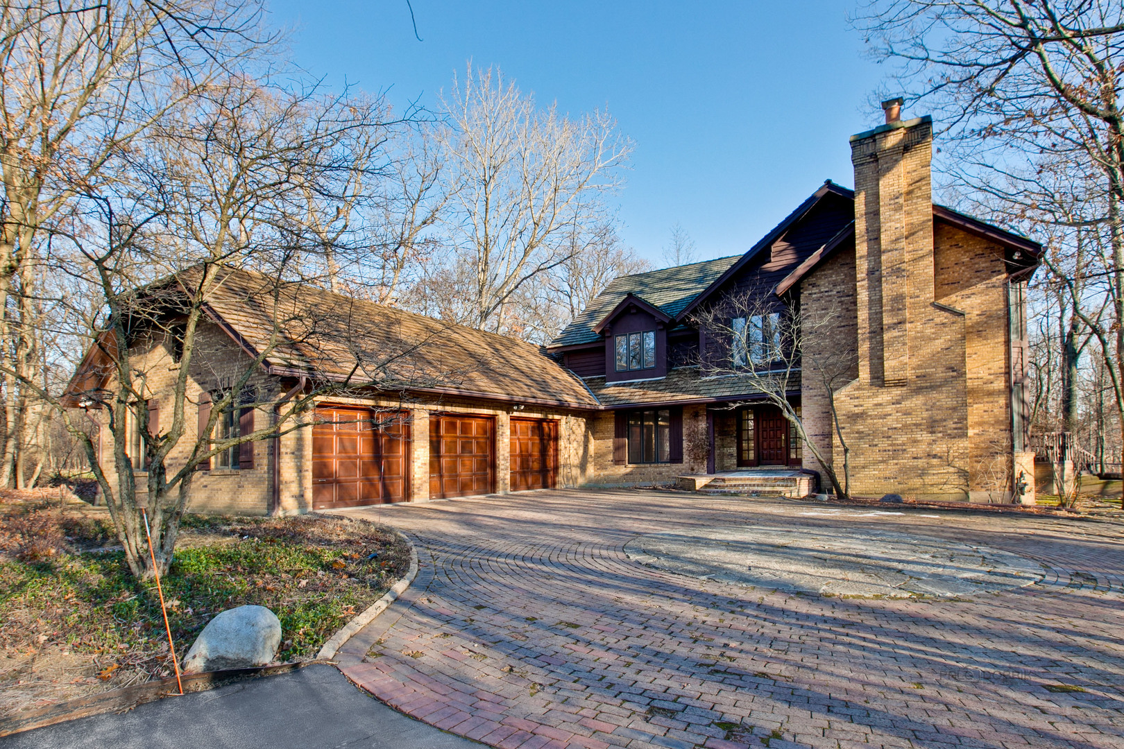 723 Kendler Court, Lake Forest IL 60045