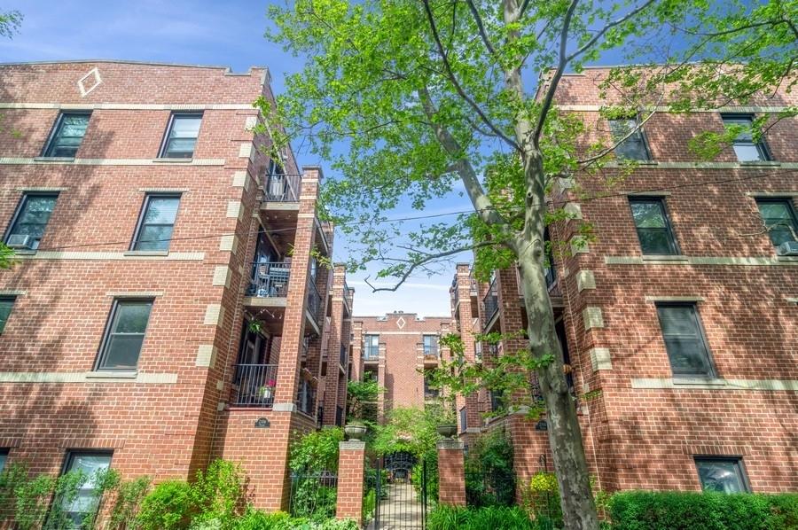 2112 N Seminary Avenue Unit 20, Chicago IL 60614