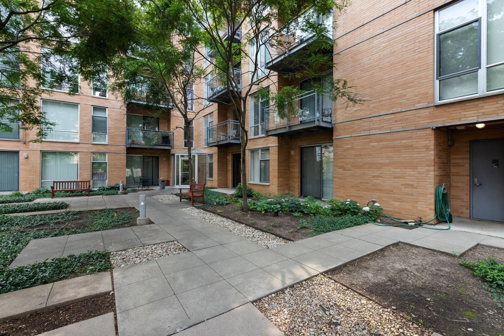1720 OAK Avenue Unit 605, Evanston IL 60201