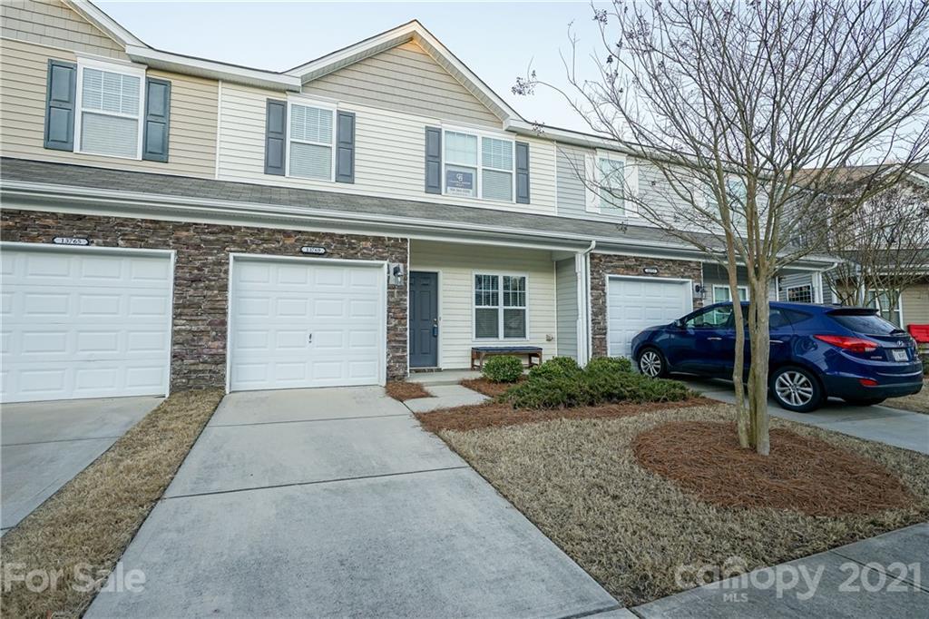 13769 Singleleaf Lane, Charlotte NC 28278