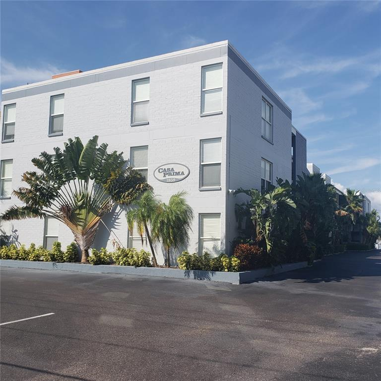 1859 SHORE DR S #305, South Pasadena FL 33707