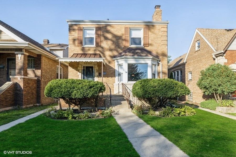 2940 Wisconsin Avenue, Berwyn IL 60402
