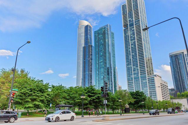 1211 S Prairie Avenue Unit 4201, Chicago IL 60605