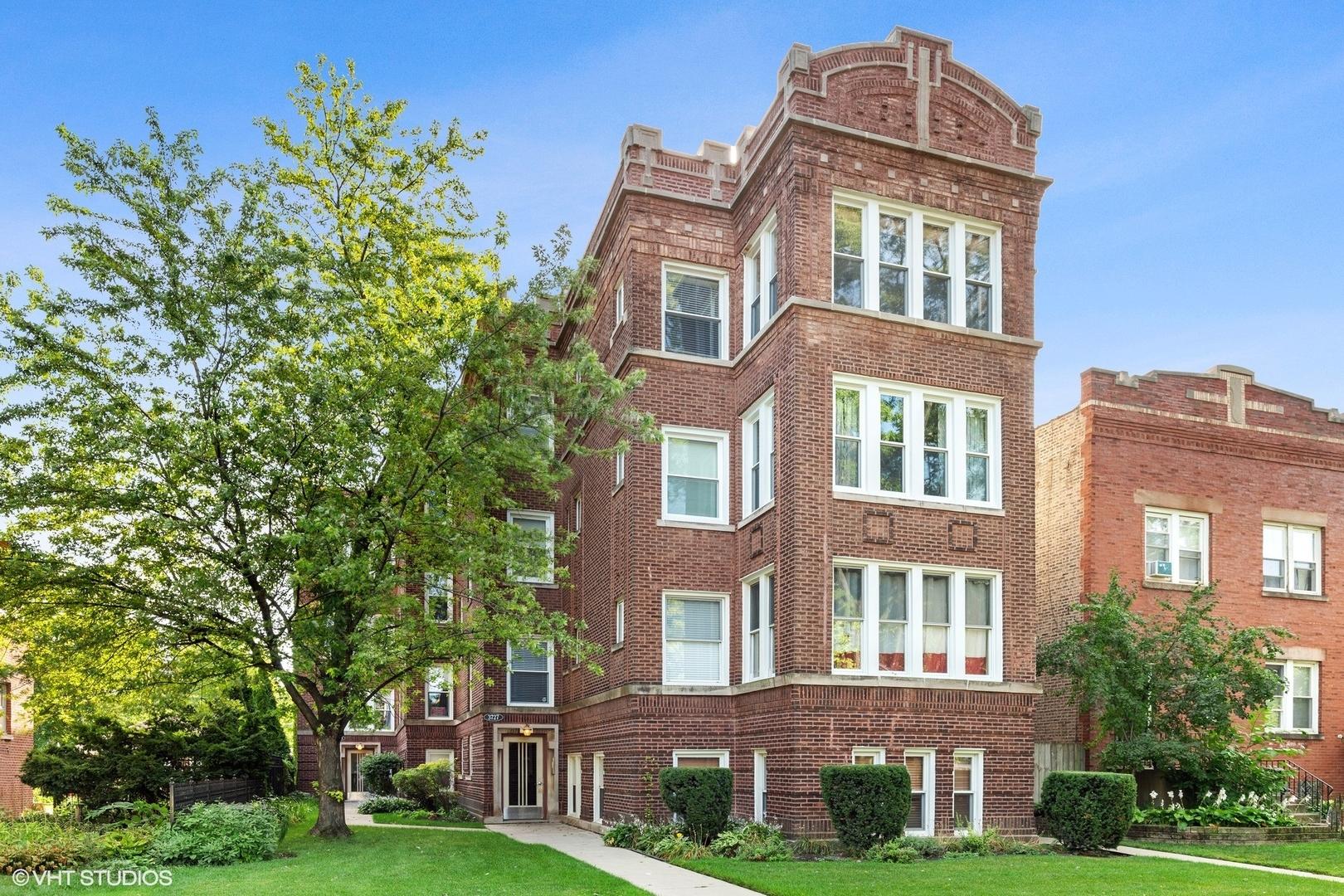 3727 N Keeler Avenue Unit 2M, Chicago IL 60641