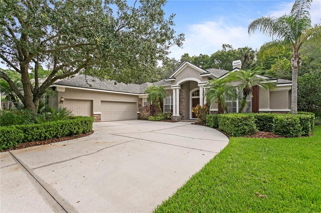 16356 HEATHROW DR, Tampa FL 33647