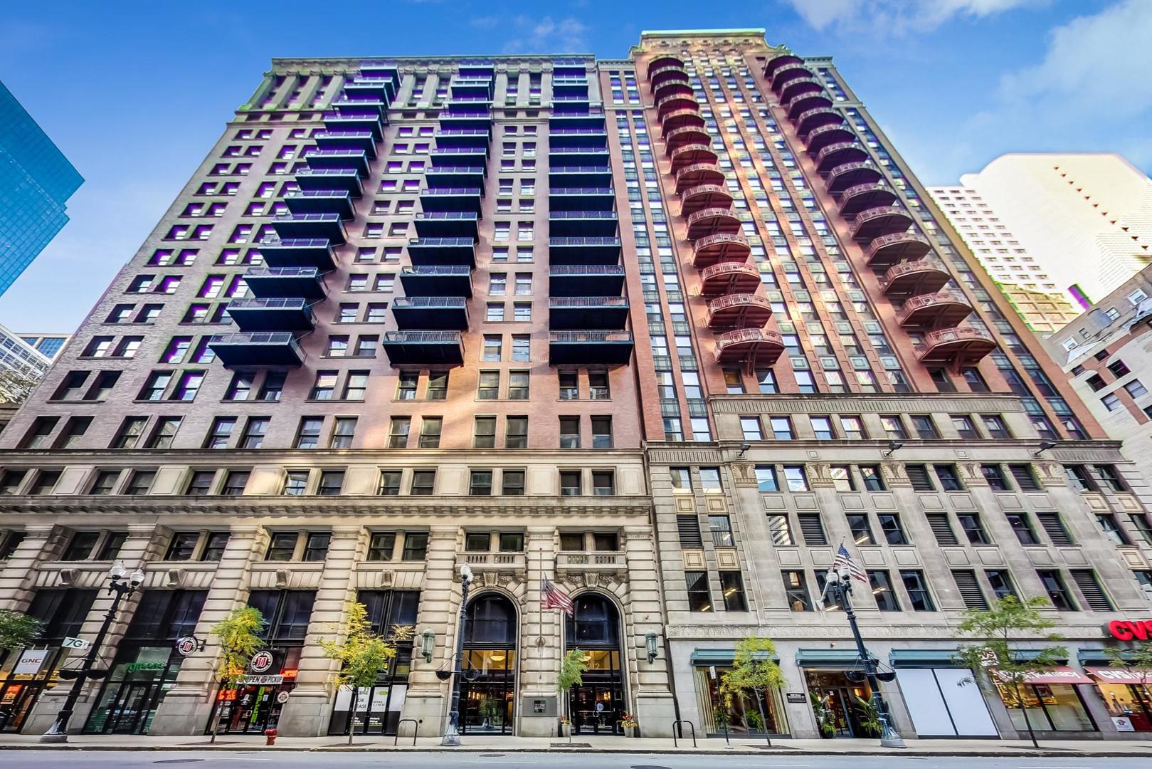212 W WASHINGTON Street Unit 1606, Chicago IL 60606
