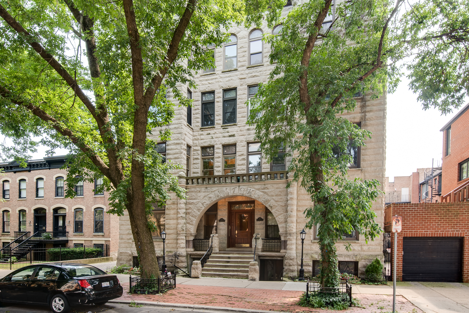 551 W BELDEN Avenue Unit 3RW, Chicago IL 60614