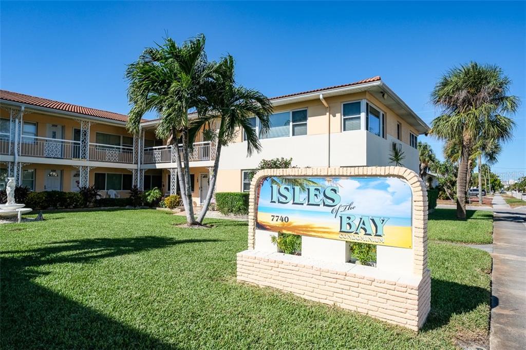 7740 BOCA CIEGA DR #111, St Pete Beach FL 33706