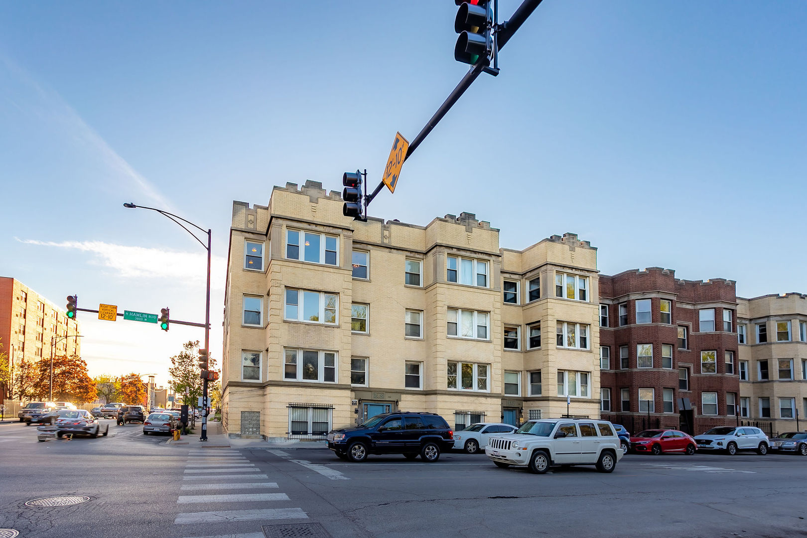 102 N Hamlin Boulevard Unit C3, Chicago IL 60624