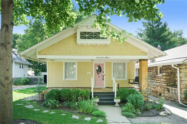4415 Fairmount Avenue, Kansas City MO 64111