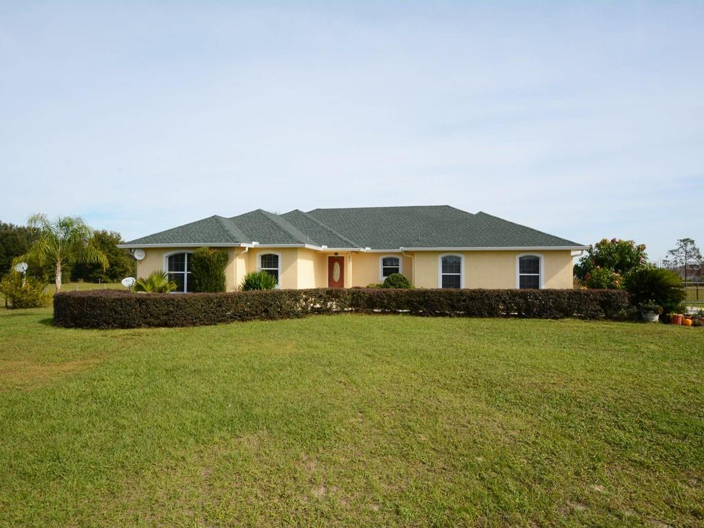 20726 MCKENZIE RD, Groveland FL 34736