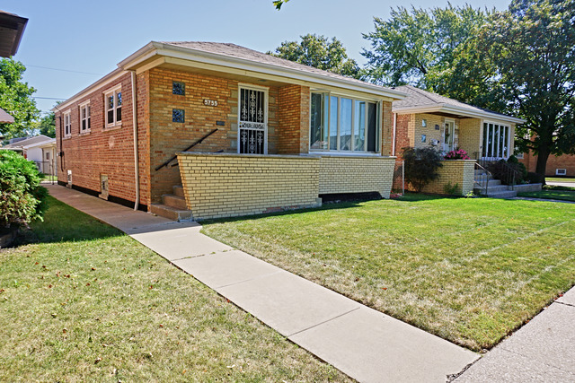 5755 S Mayfield Avenue, Chicago IL 60638