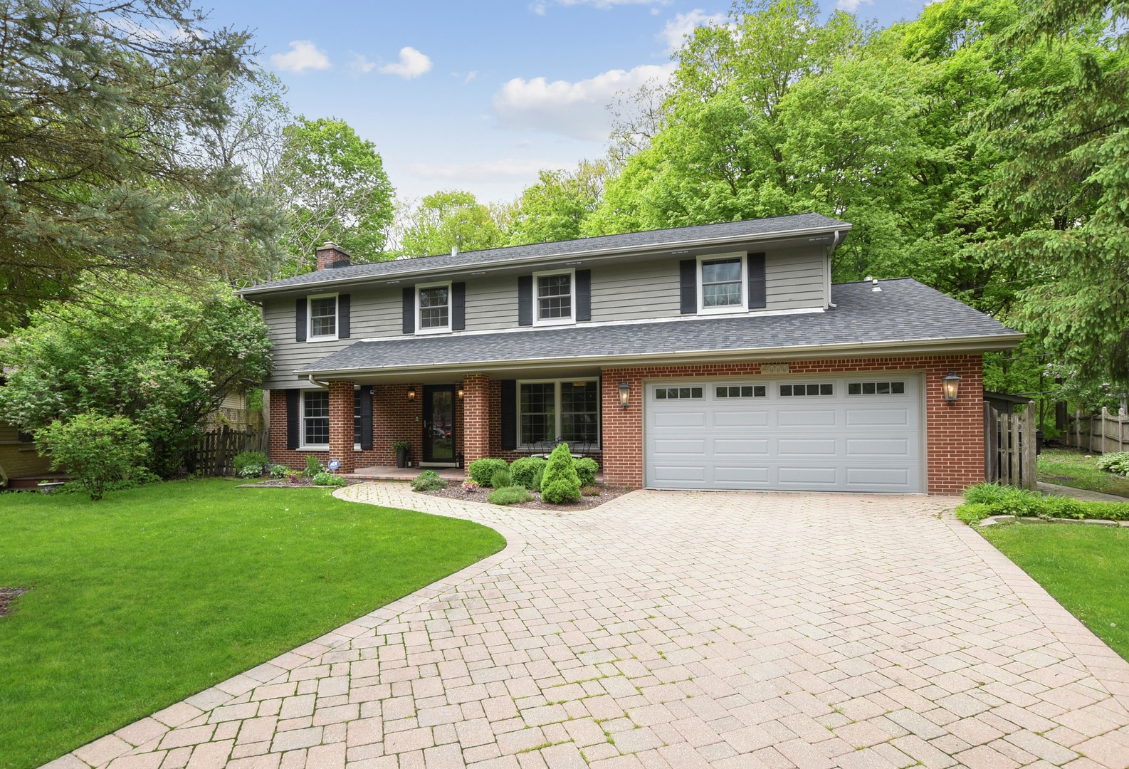 4000 Gregory Drive, Northbrook IL 60062