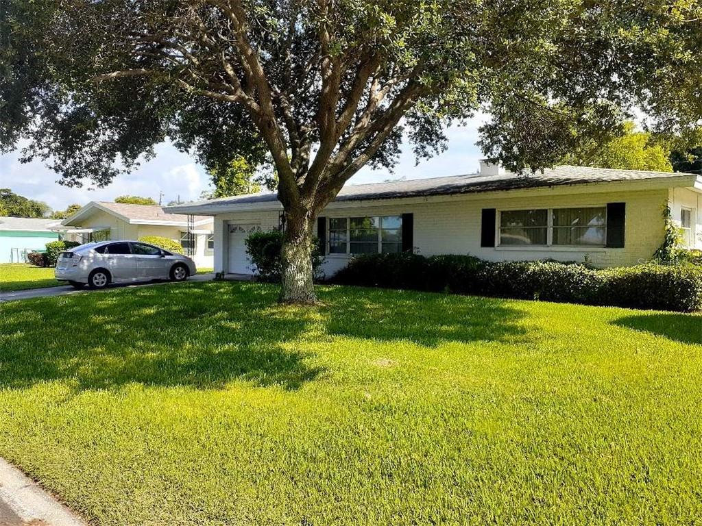 13949 DOMINICA DR, Seminole FL 33776