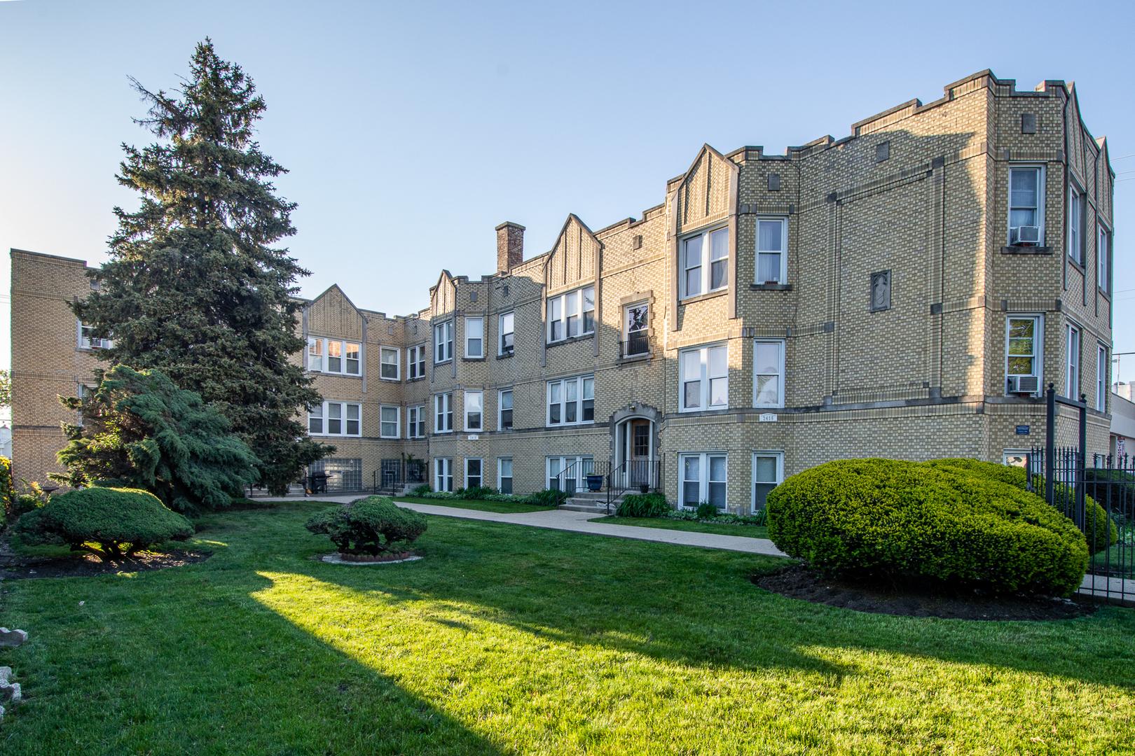 2421 N Oak Park Avenue Unit 1F, Chicago IL 60707