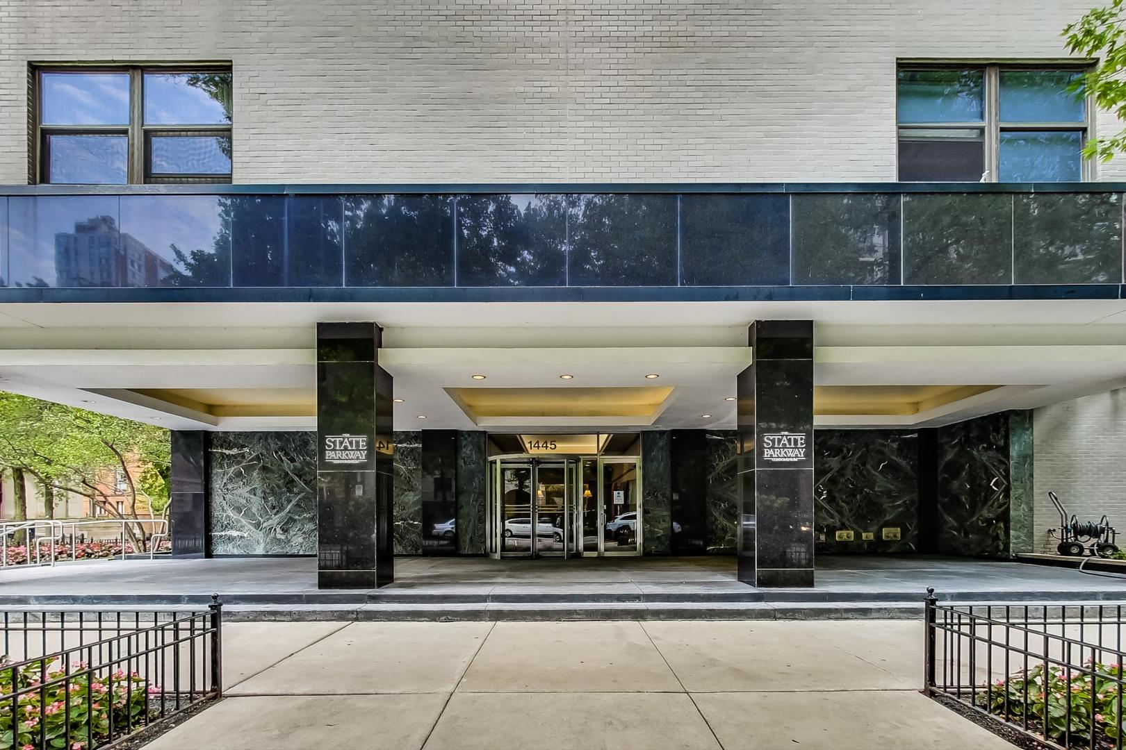 1445 N STATE Parkway Unit 907, Chicago IL 60610