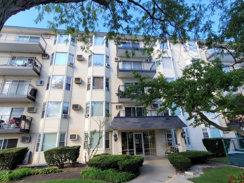 5510 LINCOLN Avenue Unit 208, Morton Grove IL 60053