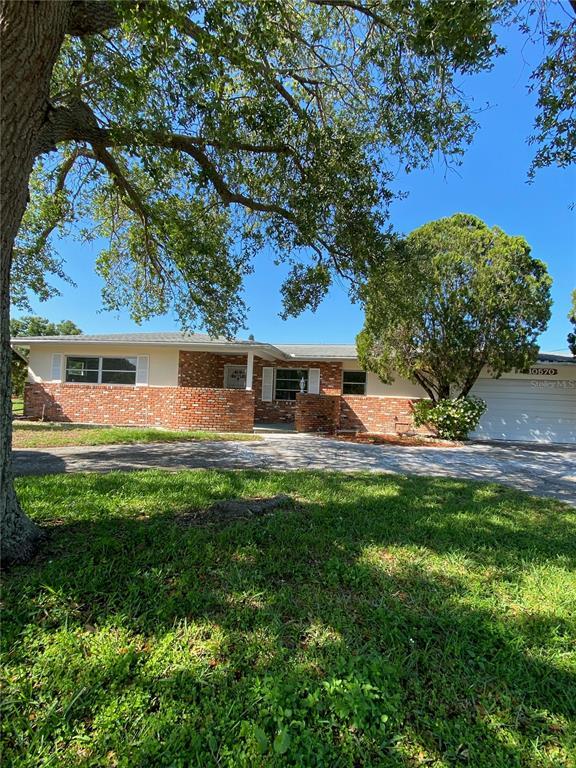10570 VALENCIA RD, Seminole FL 33772